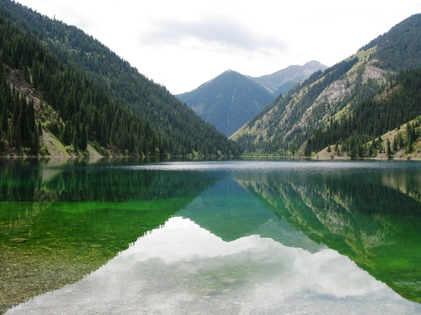 http://old.visitkazakhstan.kz/uploads/img/127132712486_place.jpg