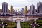 Nurzhol boulevard walking tour in Astana